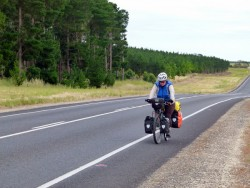 Flat Roads, good shoulder, South Australia - Cycling Across Australia