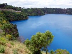 Blue Lake, Mt Gambier, South Australia - Cycling Across Australia