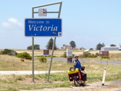 Heading into Victoria-State number 4, Cycling Across Australia
