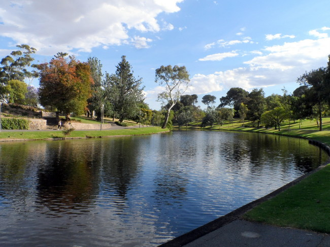 Cycling along The Torrens, Adelaide, South Australia - Cycling Across Australia