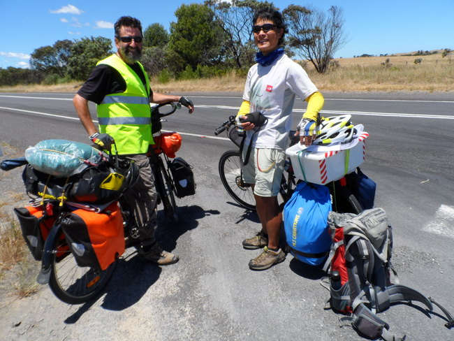 Trading tips with Chris from Hong Kong - Cycling in the Opposite Direction, Cycling Across Australia