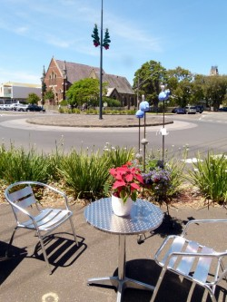 Downtown Queenscliffe on a sunny day - Cycling Across Australia