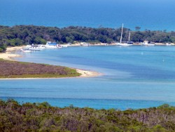 Beautiful Lakes Entrance, Victoria - Cycling Across Australia