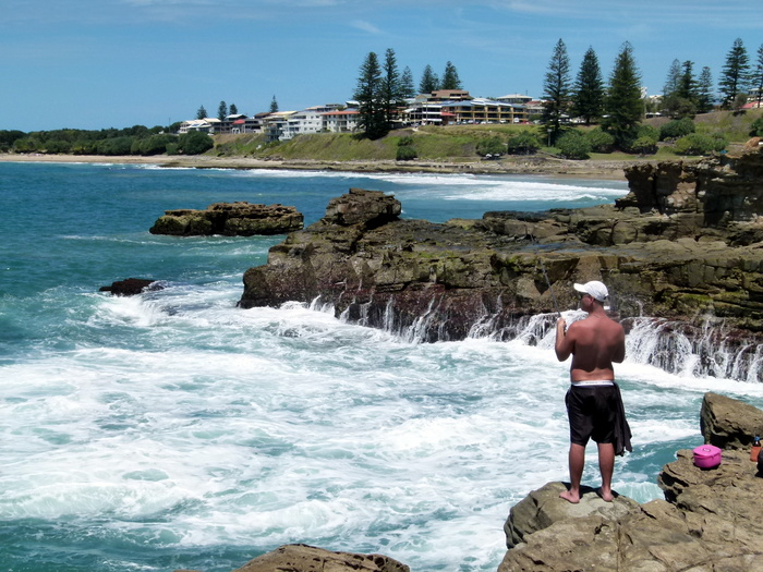 Rock Fishing in Yamba, NSW - Cycling Across Australia