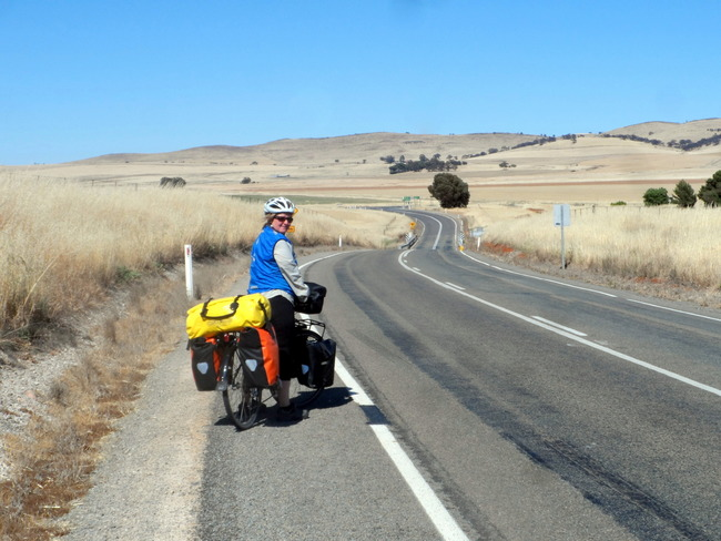 Heading for the Clare Valley, South Australia - Cycling Across Australia