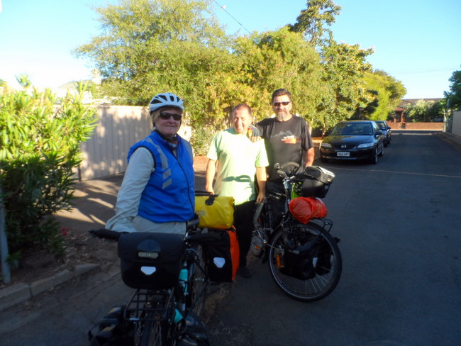 Leaving Family in Adelaide and heading for the hills - Cycling Across Australia