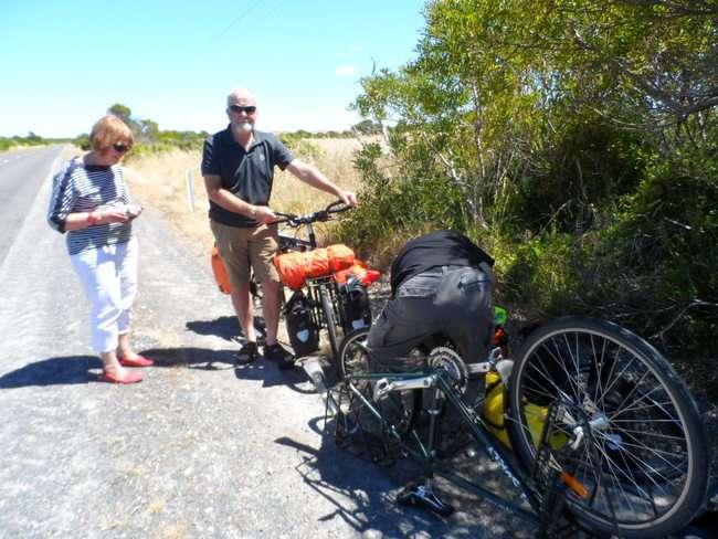 Good Samaritans, Tony and Pam - Cycling Across Australia
