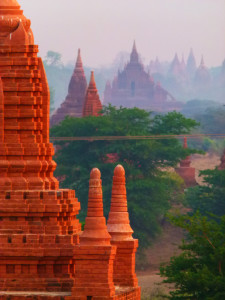 Myanmar photos - Temples at sunrise - Bagan