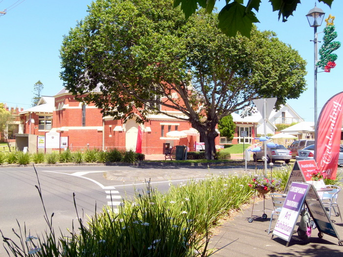 Lovely Queenscliffe, Victoria - Cycling Across Australia