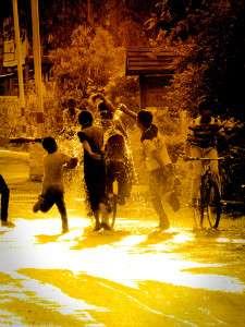 Myanmar photos - Water Festival - Nuang Schwe - Inle