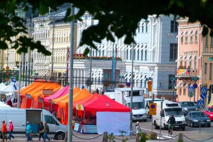 Helsinki Cycling Tour