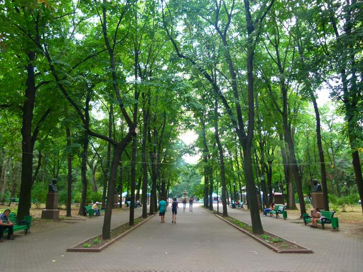 Peaceful and inviting parks - Chisinau, Moldova
